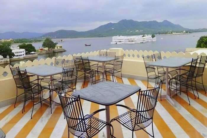 dine at Jaiwana Haveli Rooftop Restaurant in udaipur