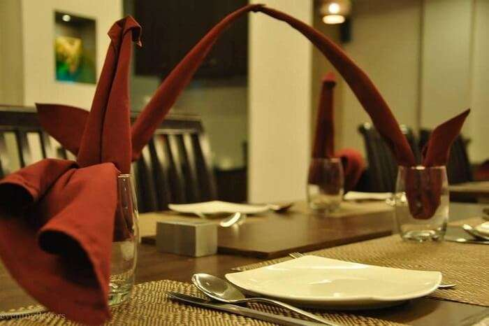 dine at Khamma Ghani, one of the best restaurants in udaipur