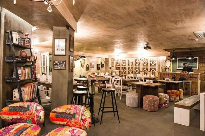 dine under the awesome ambiance and decor of Mamu's Infusion