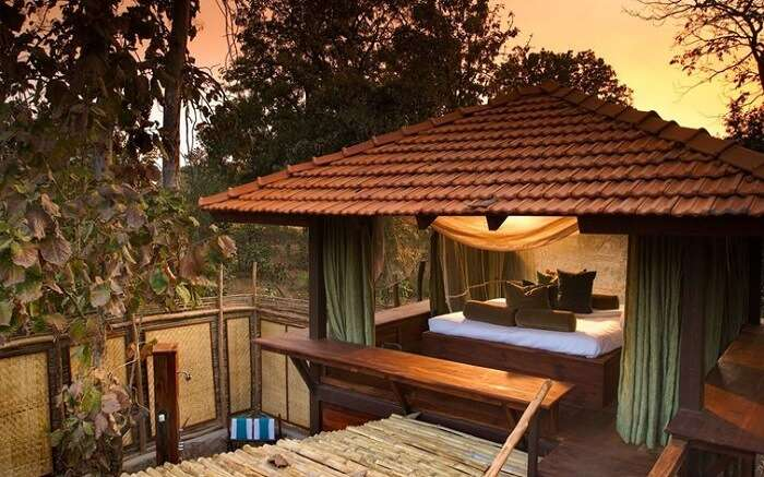 The beautiful view of a bedroom in Baghvan Wildlife Resort