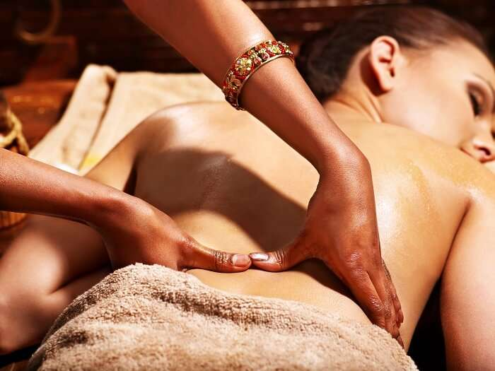 ayurvedic massage in rihsikesh