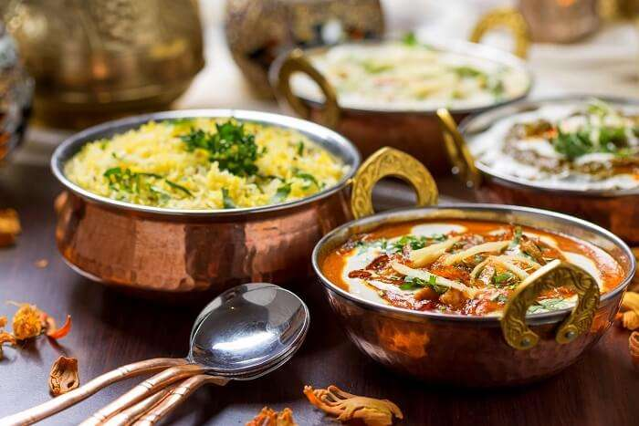 try rajasthani cuisine at handi in jaipur