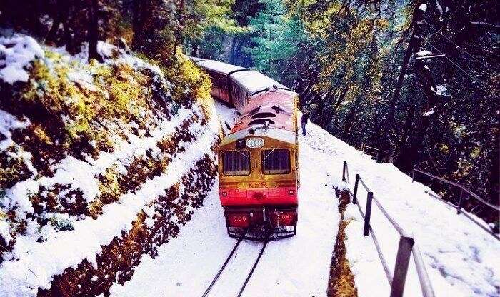 toy train ride in snow