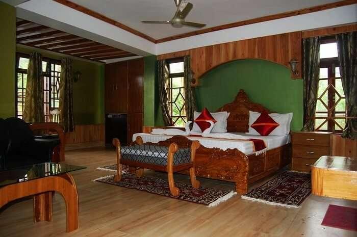 Hotel Lama Dhim, Kalimpong