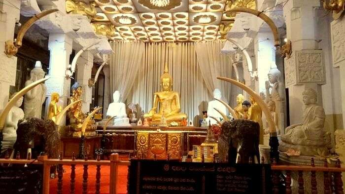 tooth relic temple kandy