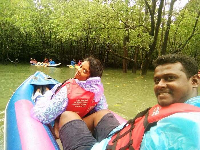 Couple kayaks on James Bond Island Tour