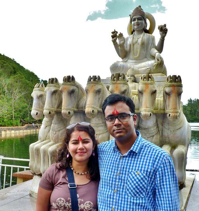 couple with the shiva idol in mauritius