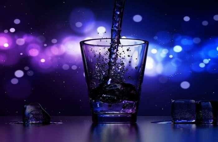 Ice Wine Late Night Drink Bar