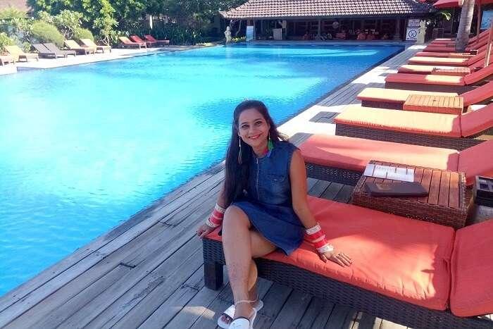 pankaj honeymoon trip to bali: near pool