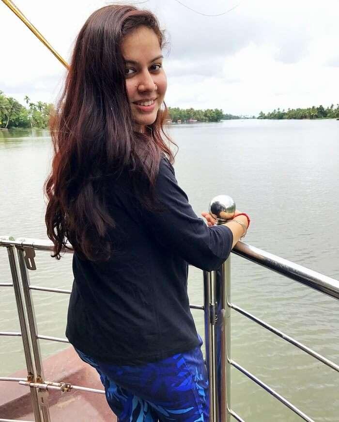 houseboat stay in kerala