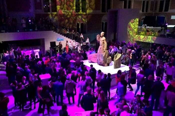 Party in Museum N8 in amsterdam, one of the best things to do in amsterdam