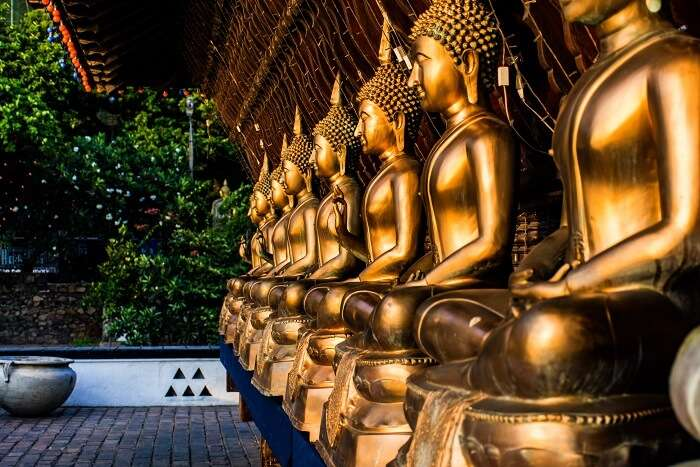 Pay your respects at the stunning Gangaramaya Temple in Sri Lanka