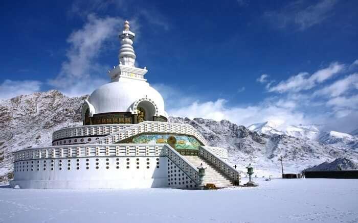Shanti Stupa amidst snow