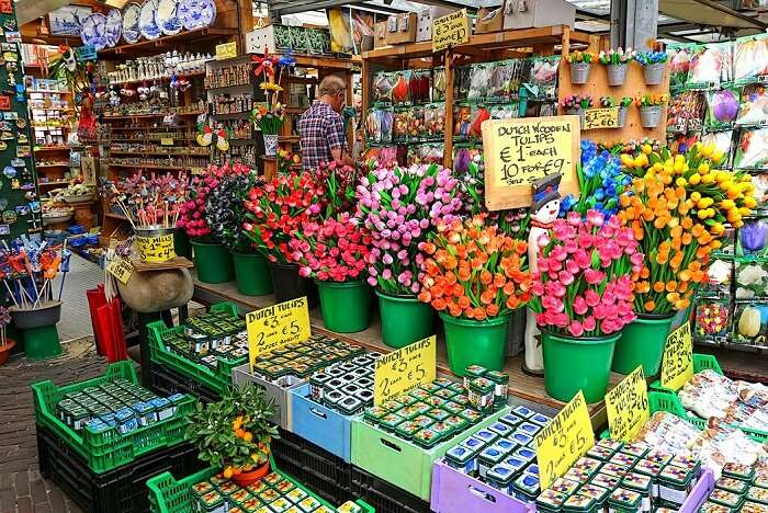 Visit the renowned flower market