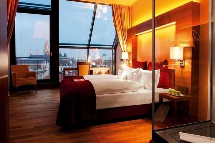 fleming's deluxe city hotel