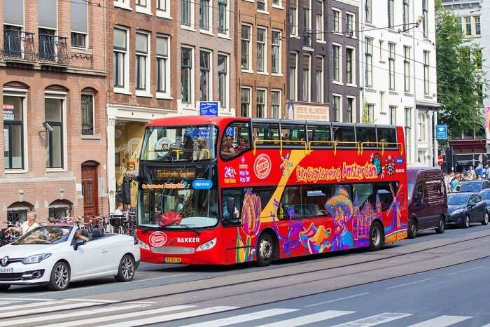 experience the HOHO tour in amsterdam