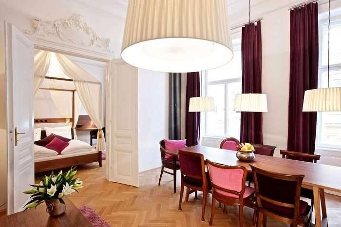 hollman hotel suite