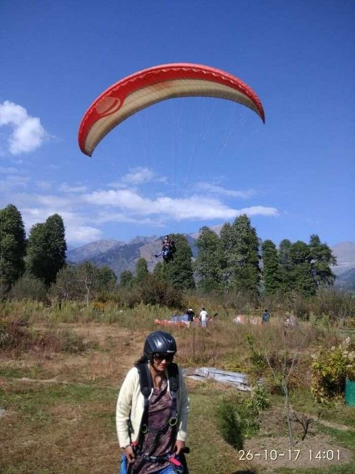 Shekhar's Wife Doing Paragliding