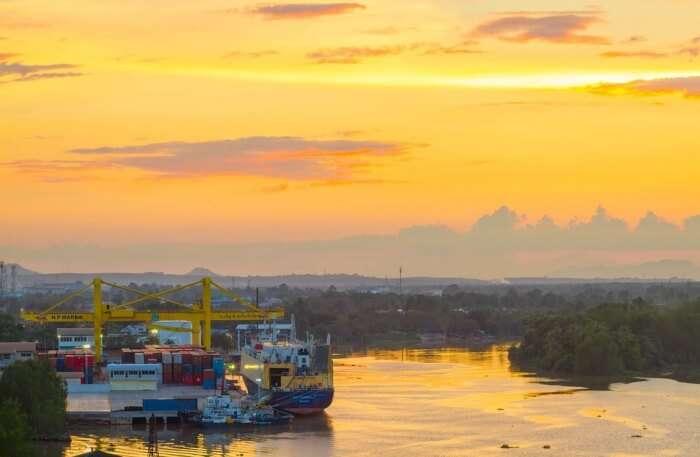 Nam Surat Thani View Bright River Harbor Sky