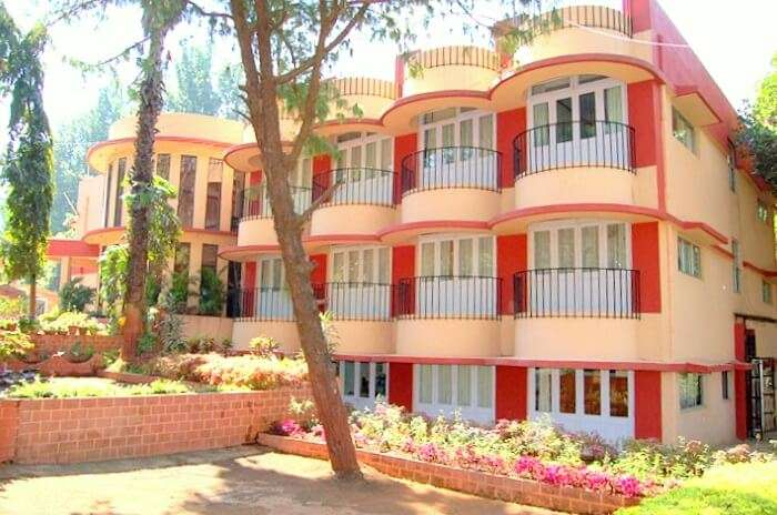 Exterior of Hotel Gitanjali Panchgani