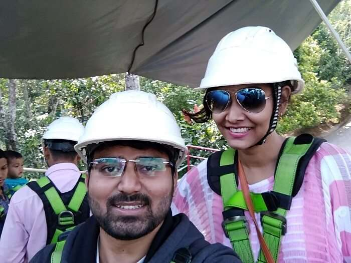 Couple traveling to Thekkady