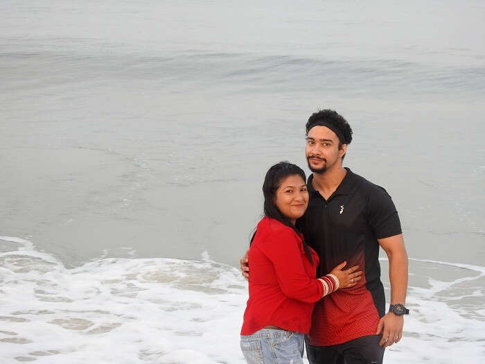 alleppey beach couple