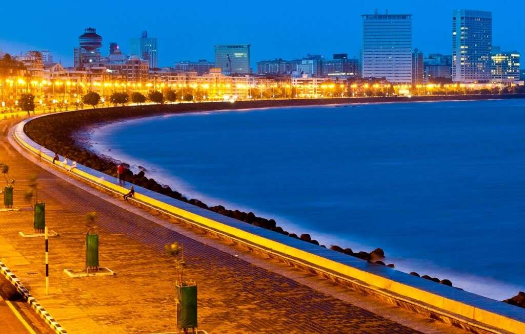 The beautiful Marine Drive at night