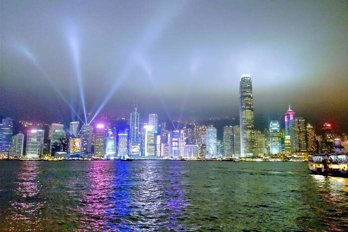 isha aggarwal hong kong family trip: HK Skyline