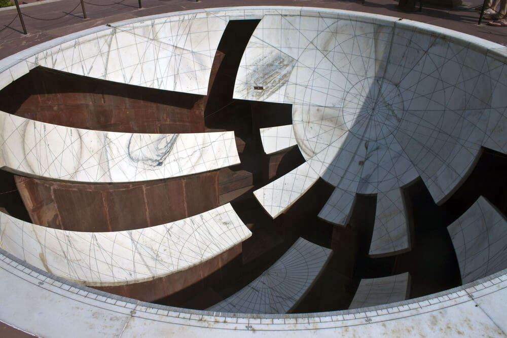 a bowl like structure in jantar mantar