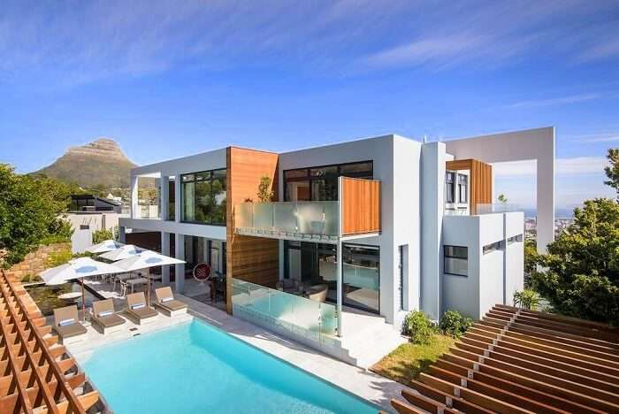 stay at cape town's MannaBay