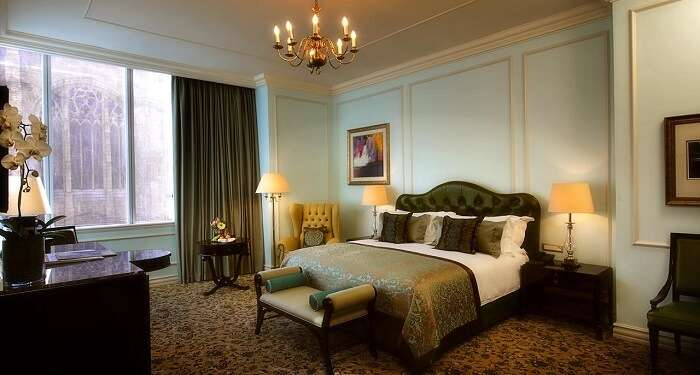stay at cape town's Taj Cape Town, one of the best hotels in cape town