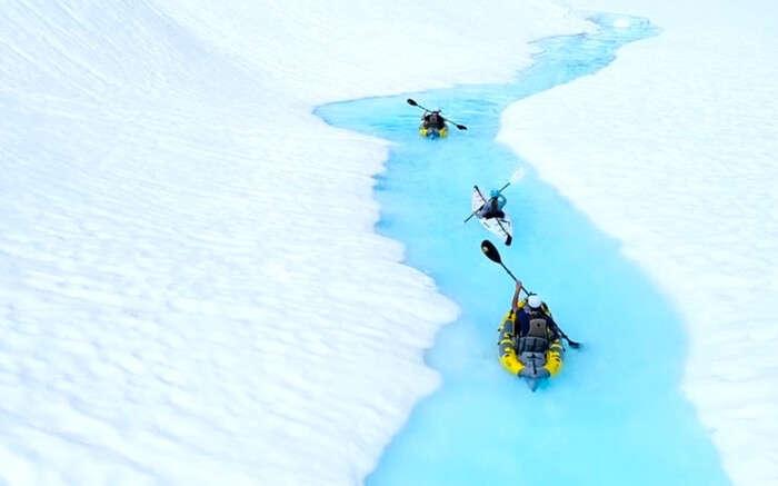acj-kayak-in-canada-glacier (1)