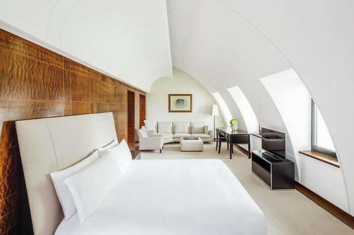 halkin hotel room london