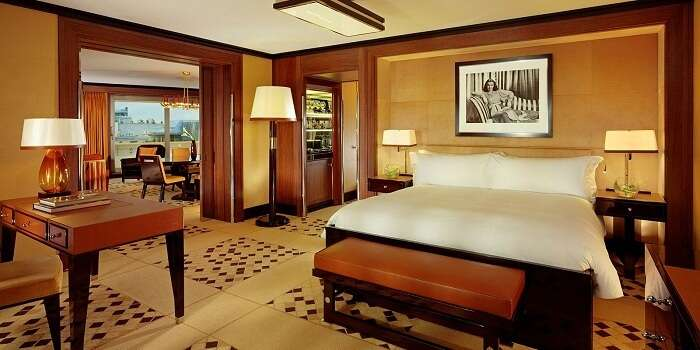 room in hotel 45