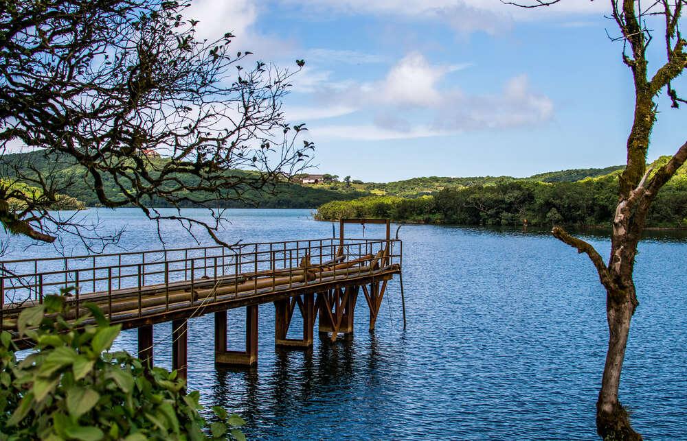 a beautiful bridge in a iver