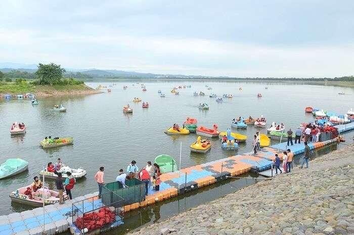 boating in sukhna lake chandigarh