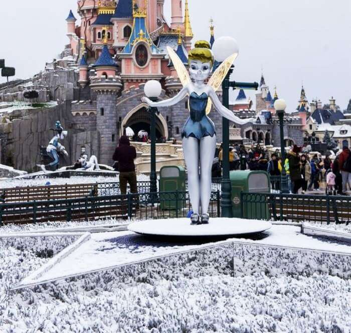 Tinkerbell in Disneyland Paris