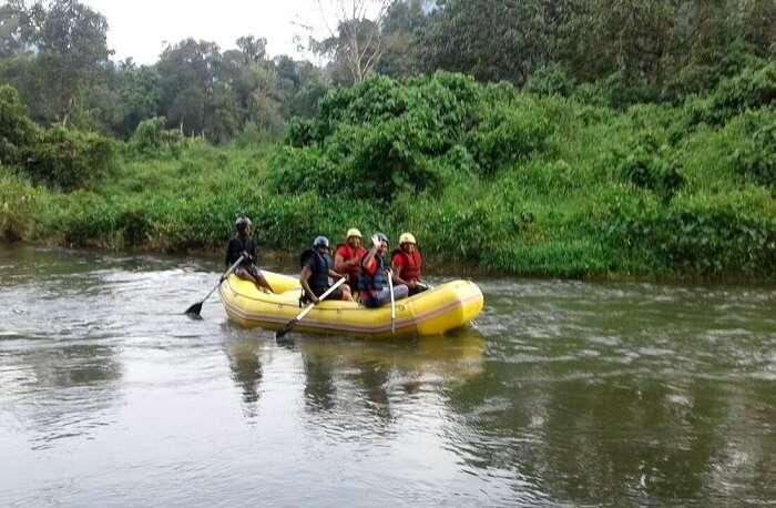 river rafting in kitulgala