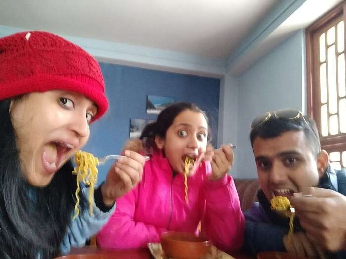 Chavi having maggie with her family