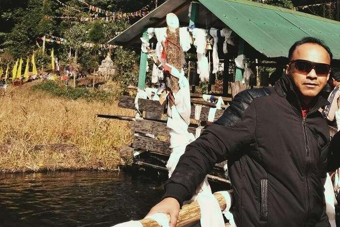 Shantanu northeast trip- posing near khecheopalri lake