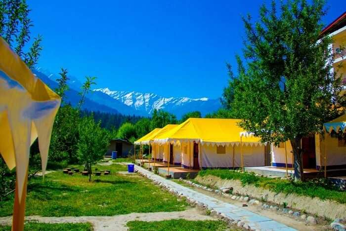 Retro Valley Camping Resort