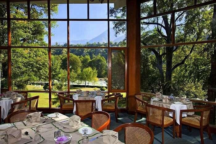 Span Resort & Spa dining
