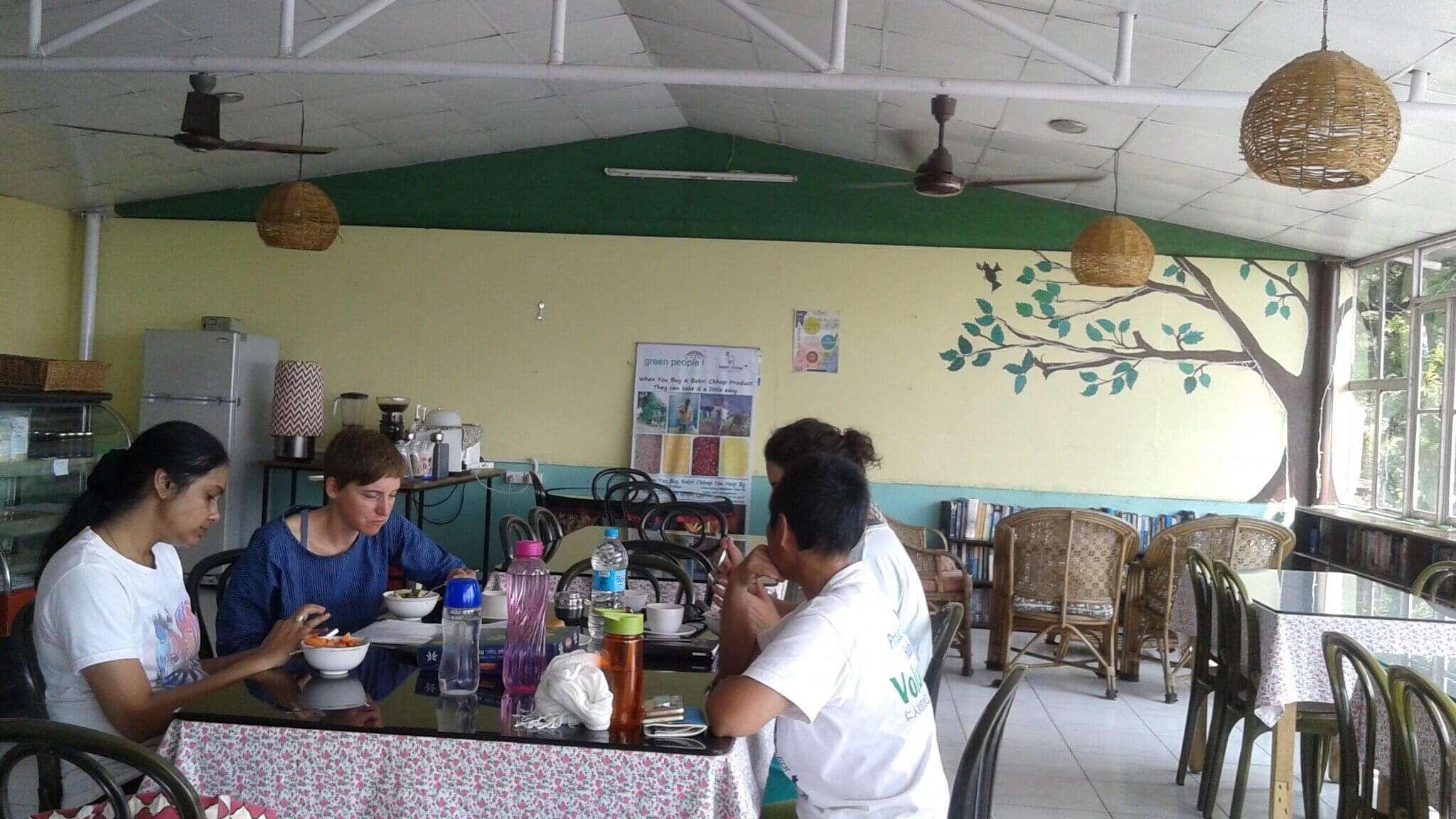 chayya cafe kb6592