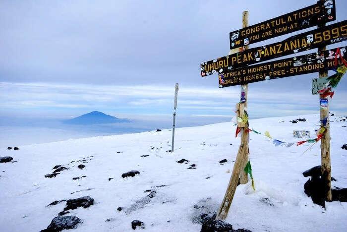 way to uhuru peak kilimanjaro