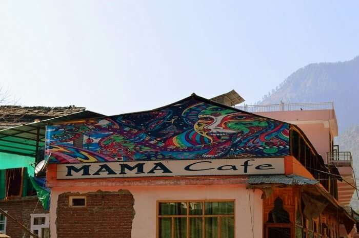 mama cafe in kasol
