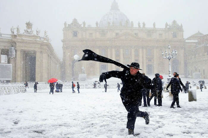 rome snowball fight