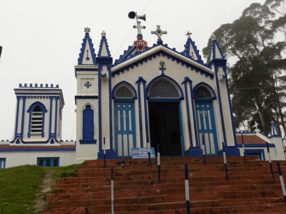 the white and blue church