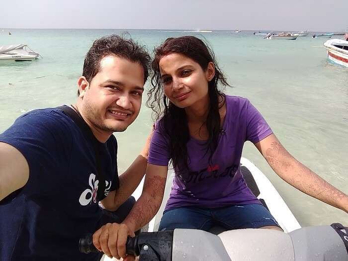 couple chilling on andaman beach