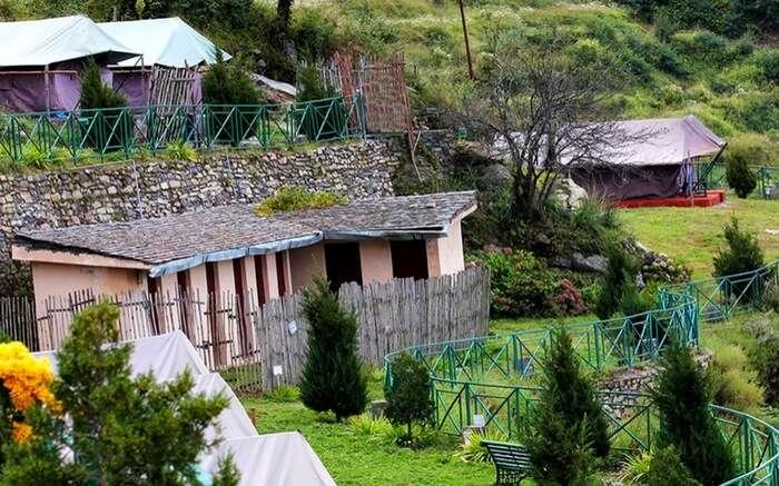 acj-2603-kanatal-hotels (1)