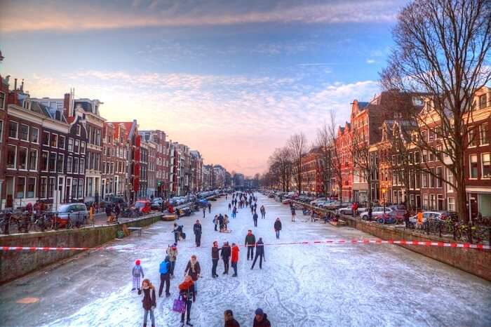freezing amsterdam canals
